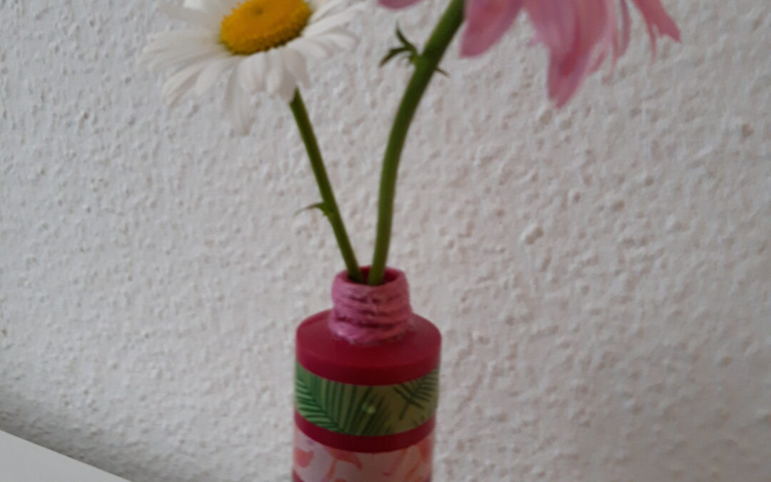 DIY Upcycling: Blumenvase