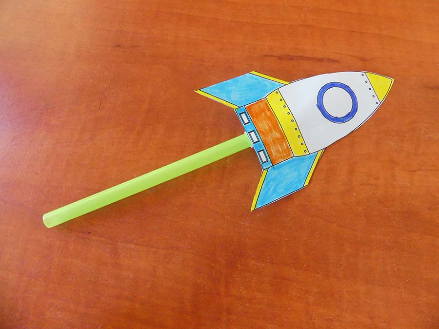 DIY: Strohhalm Rakete